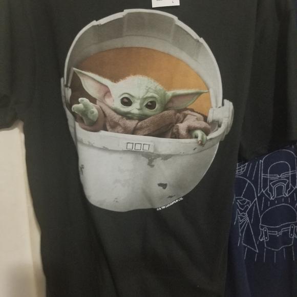 Star wars baby yoda adult large shirt